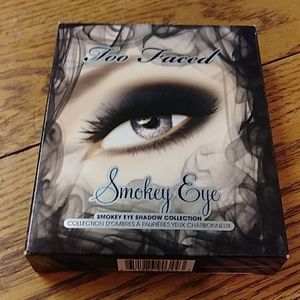 TOO FACED SMOKEY EYE EYESHADOW COLLECTION